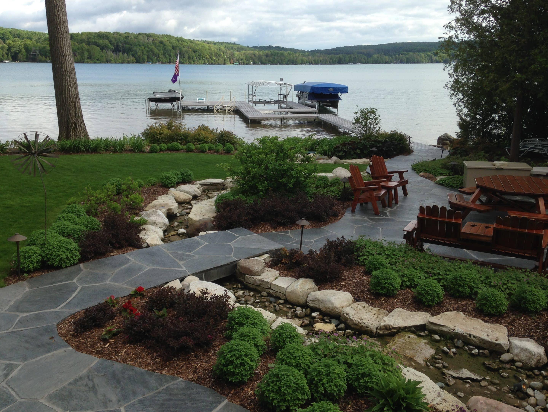 lake property landscaping